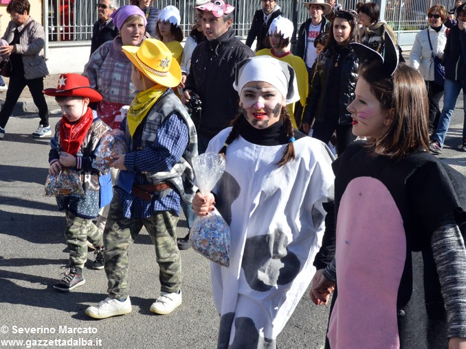 È tempo di Carnevale, tutti in maschera a Mussotto e a Bra 9