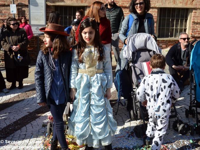 È tempo di Carnevale, tutti in maschera a Mussotto e a Bra 14