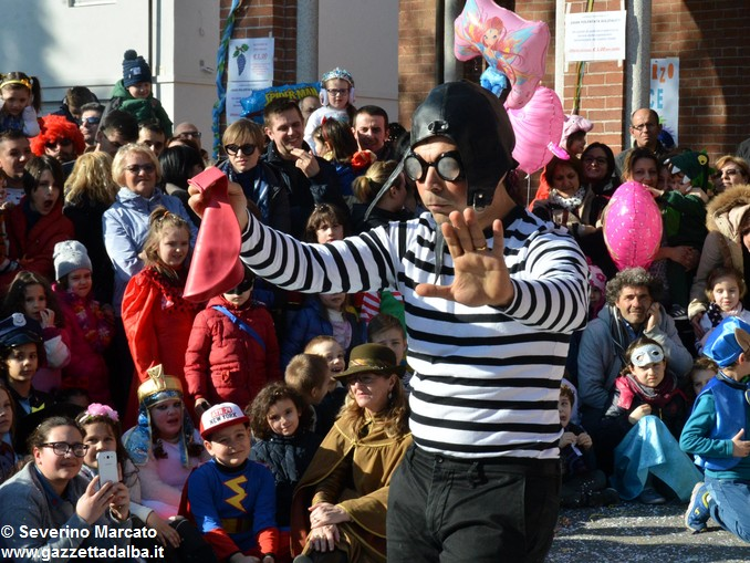 È tempo di Carnevale, tutti in maschera a Mussotto e a Bra 3