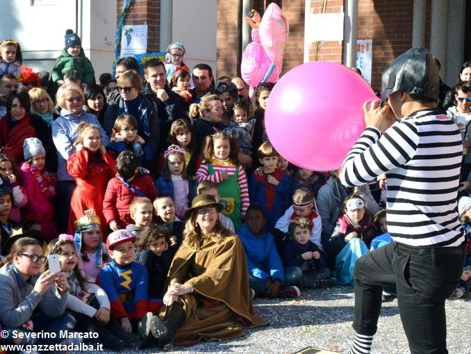 È tempo di Carnevale, tutti in maschera a Mussotto e a Bra 5