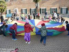 Grande festa di Carnevale nel Paese di fiaba e sabato si bissa con gli Anni '60 4