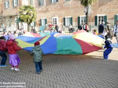 Grande festa di Carnevale nel Paese di fiaba e sabato si bissa con gli Anni '60 5