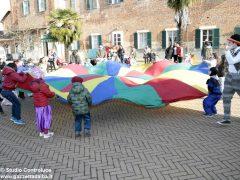 Grande festa di Carnevale nel Paese di fiaba e sabato si bissa con gli Anni '60 6