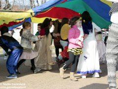 Grande festa di Carnevale nel Paese di fiaba e sabato si bissa con gli Anni '60 8