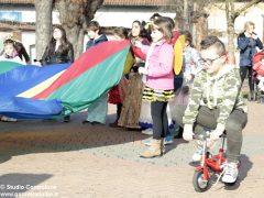Grande festa di Carnevale nel Paese di fiaba e sabato si bissa con gli Anni '60 9