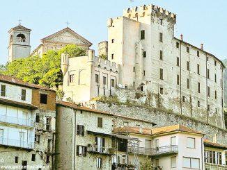 Il Comune vuole comprare il castello dei Caldera