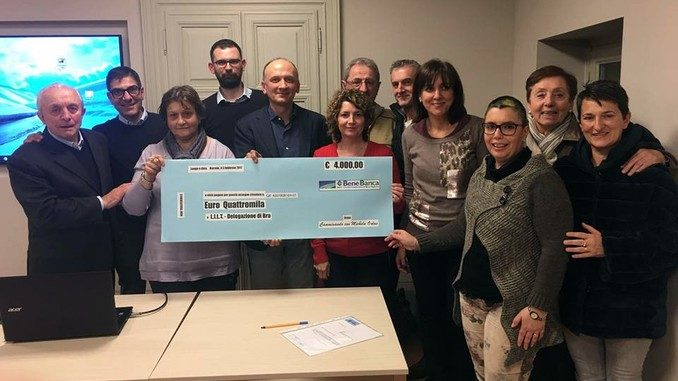 Narzole: Camminando con Michela Onlus ha donato 4mila euro alla Lilt