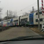 Passaggio a livello aperto a Santa Vittoria: secondo Ferrovie nessun pericolo per i passanti