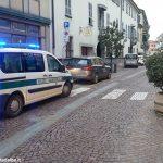 Urta ciclista e scappa: individuata dagli agenti della Municipale di Bra