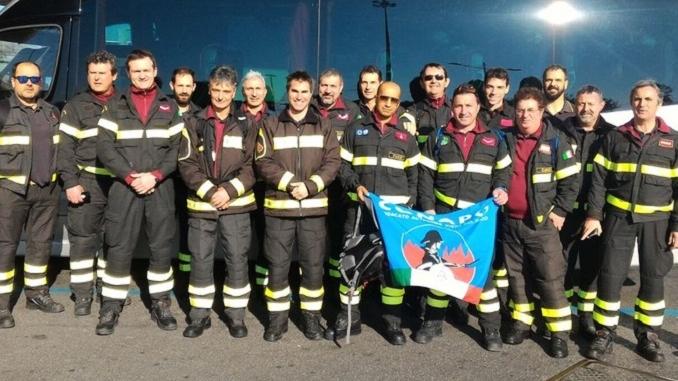 """I pompieri del Conapo protestano: """"Noi sempre in prima linea, ma con stipendi di serie B"""""""