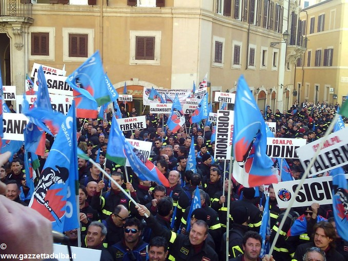 vigili fuoco conapo manifestazione roma 2