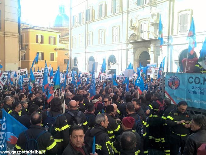 vigili fuoco conapo manifestazione roma 3