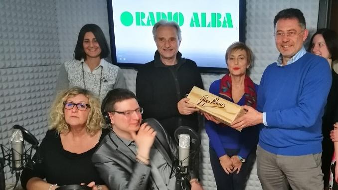 """Amedeo Minghi ospite di Radio Alba: """"Sogno di cantare in piazza del Duomo"""""""