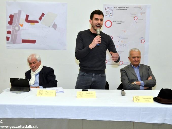 Cantè j'euv presentazione Da sx Beppe Vezza-Luca Bruno-Franco Artusio 1
