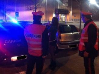 Giro di vite intorno alla prostituzione sulle strade del Braidese