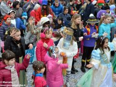 Tanto divertimento al Carnevale dei bambini di Mussotto. Ecco foto e video della festa 41