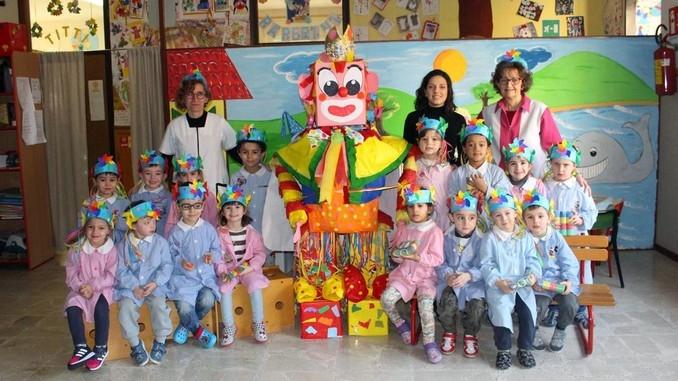 Gran falò di Carnevale nella scuola dell'infanzia di Cortemilia 1