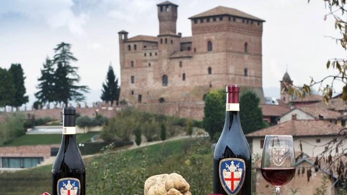 """Cavalieri del vino accolgono il """"gastronauta"""" Davide Paolini 1"""