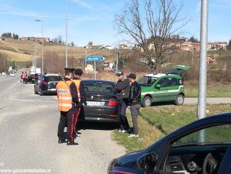 Controlli stradali dei Carabinieri sulla provinciale ad Agliano Terme