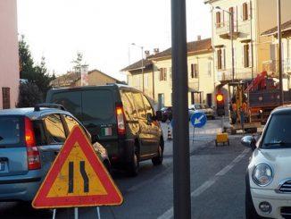 Tre giorni di senso unico alternato in via Bonissani a Ceresole 4