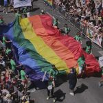 """Il gruppo """"De-Generi"""" lancia l'idea di un """"Gay pride"""" albese a giugno"""