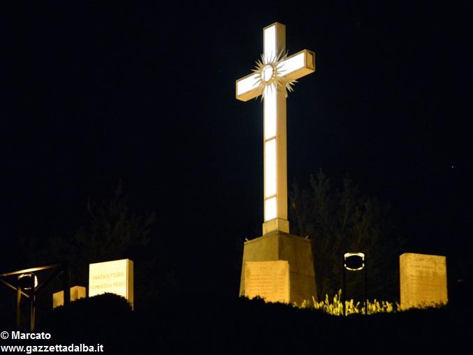 Croce ai piloni di Montà 5