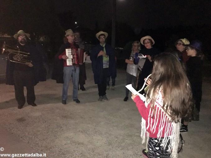 Monteu Roero cantè la Passion (2)