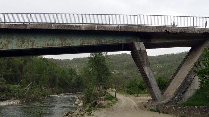 Servono controlli per la stabilità del ponte sul Bormida