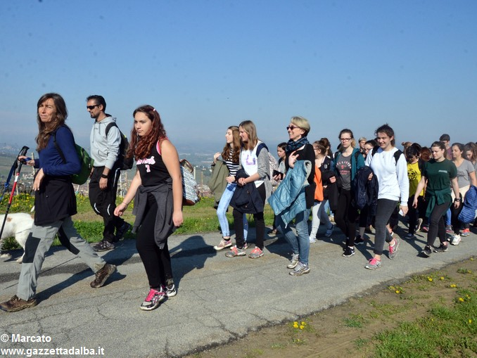 Studenti da 4 Nazioni alla scoperta delle colline albesi 17