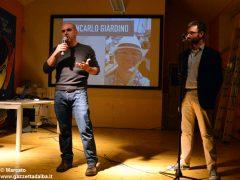 Romano Vola ha vinto l'Alba poetry slam. Ecco tutte le foto della tenzone poetica 5