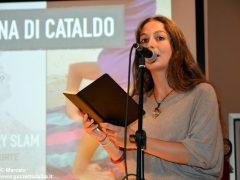 Romano Vola ha vinto l'Alba poetry slam. Ecco tutte le foto della tenzone poetica 3