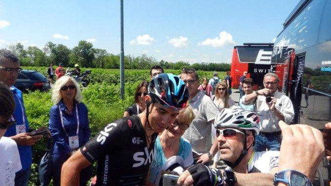 Giro d'Italia: Diego Rosa dà spettacolo su Pordoi, Valparola e Gardena
