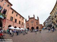 Alba in bici: la fotogallery 19