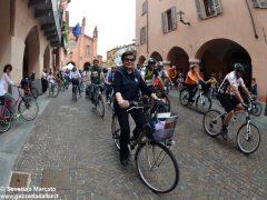 Alba in bici: la fotogallery 27