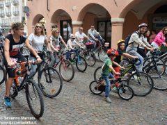 Alba in bici: la fotogallery 40
