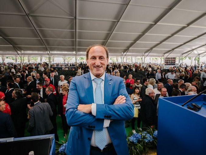 Record di presenze: 15.120 soci all'assemblea di Banca d'Alba 1