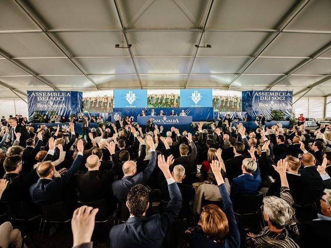 Record di presenze: 15.120 soci all'assemblea di Banca d'Alba 3