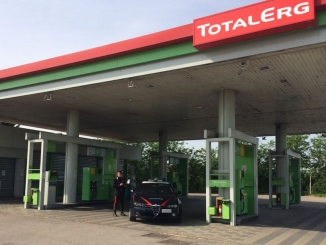 I Carabinieri sventano un furto nel distributore Total Erg di Alba 1