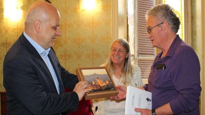 Alba: Marello incontra Doug Snider, figlio del sindaco di Medford che siglò il gemellaggio