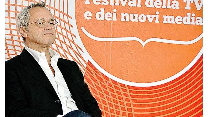 Enrico Mentana e il difficile lavoro di contrastare notizie false