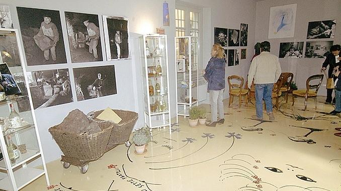Due passi con i pittori nel borgo di Neive. Si aprono le Domeniche d'arte
