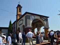 David Tremlett inaugura la cappella restaurata a Coazzolo. Ecco le foto 5