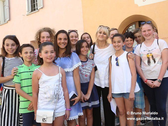 Cortemilia: Luciana Littizzetto è stata nominata ambasciatrice della nocciola nel Mondo 2