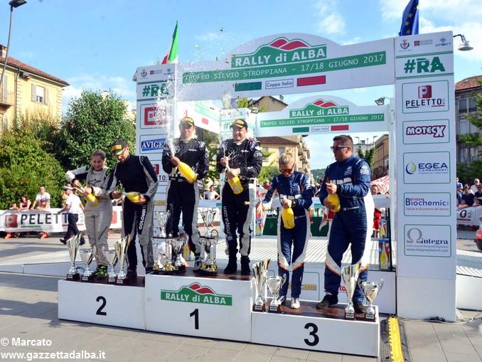 Rally Alba premiazione a sx Colombi-Rivoira – centro Gino-Rovera-a destra Cantamessa -Bollito