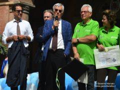 """Quasi mille bambini in piazza Duomo per la """"Festa delle buone energie"""" di Egea 1"""