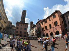 """Quasi mille bambini in piazza Duomo per la """"Festa delle buone energie"""" di Egea 4"""