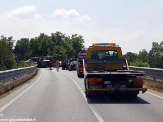 Fondovalle Tanaro: incidente con due morti e tre feriti presso Carrù