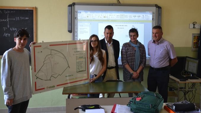 La Vivalb ha donato due lim alla scuola Enologica di Alba