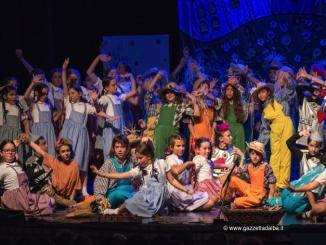 """Le scuole primarie Montessori e Rodari vincono il sesto premio Dino Lavagna con """"WhOZ"""""""