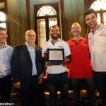 Alba ha premiato l'Olimpo basket e Paola Cagnazzo, campionessa di kendo